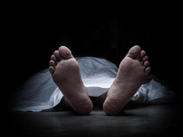 An auto driver in Pune was arrested for staging his own death by murdering a stranger to keep money-lenders  off his back.