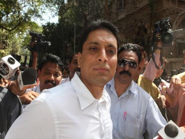 A file photo of Swan Telecom promoter Shahid Balwa outside the sessions court in Mumbai.
