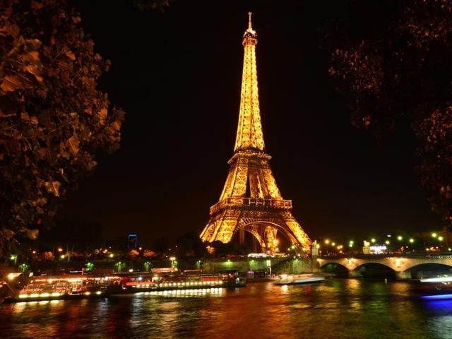 As part of a promotional campaign in advance of the UEFA Euro 2016 games, a short-term vacation rental site has launched a contest offering up to 24 people the chance to sleep under the stars on the first floor of the Eiffel Tower.