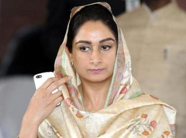 On the sidelines of her Sangat darshan programme, here on Friday, Harsimrat said if Canadian prime could apologise to Sikh community, why Congress could not do the same for hurting religious sentiments of Sikhs in the past.