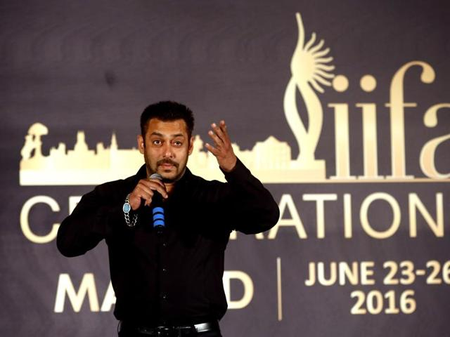 Salman Khan poses for media before a press conference to announce the International Indian Film Academy (IIFA) celebration venue, in Mumbai, India, Friday, May 20, 2016.