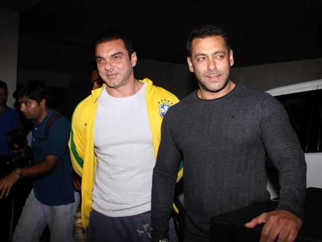 Sohail Khan was out with his parents for a dinner when the incident happened.