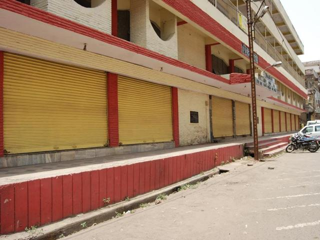 Shopkeepers keep shutter down in support of the strike.
