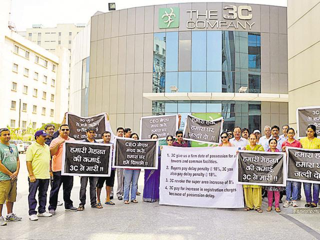 Homebuyers in 3C Lotus Boulevard Espacia in Sector 100 alleged the realtor is delaying interior and electrical works.