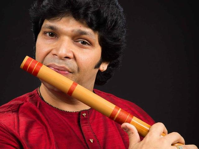 """""""If someone makes a suggestion that's different from our sensibilities, we give it a shot and see how it sounds. This variety adds to our versatility. At times, when I improvise on stage, they follow. It's fun to do the unexpected,"""" says Rakesh Chaurasia of Rakesh And Friends."""