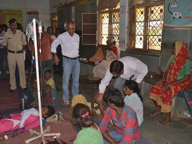 Patients undergoing treatment at the government hospital at Ghansaur, Seoni, on Monday.