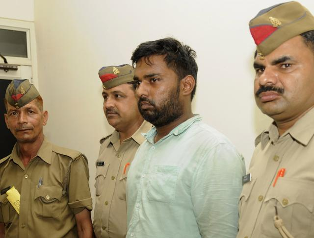 Naushad (centre) was arrested from Badalpur.  He hails from Welcome area of Delhi, the police said.