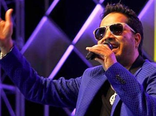 Mika Singh,Colors,Comedy Nights Live