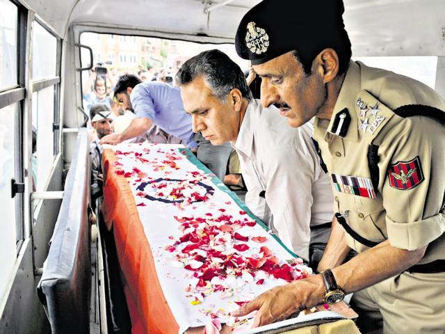 Kashmir bar association says Kupwara killing staged, seeks HC probe