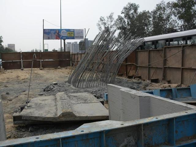 One of the under-construction pillars (number 192) collapsed on GT Road in Ghaziabad on the night of April 25. The vice-chairman of the Ghaziabad development authority (GDA) had set up a committee of experts to inquire into the incident.