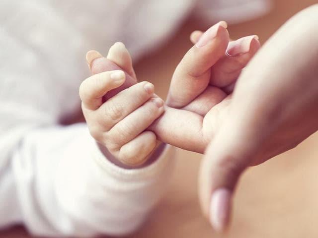 Mothers,Babies,Facebook