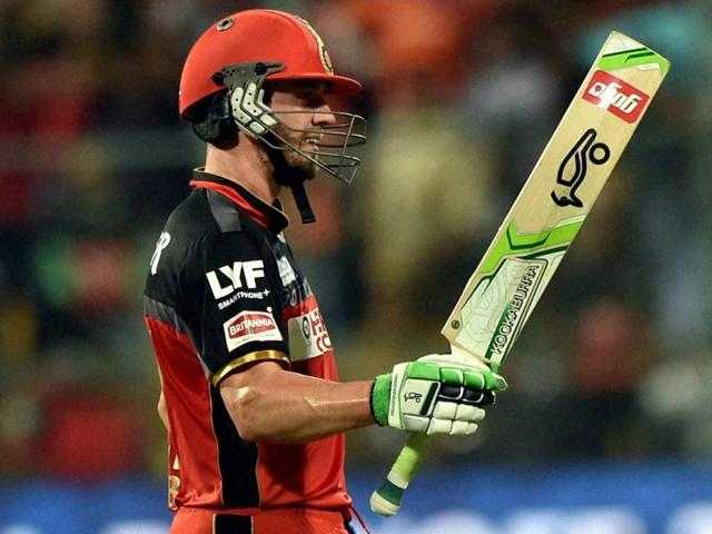 AB de Villiers smashed an unbeaten 47-ball 79 to steer RCB home.