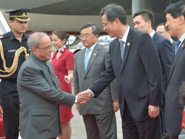 President Pranab Mukherjee,China,Chinese investors