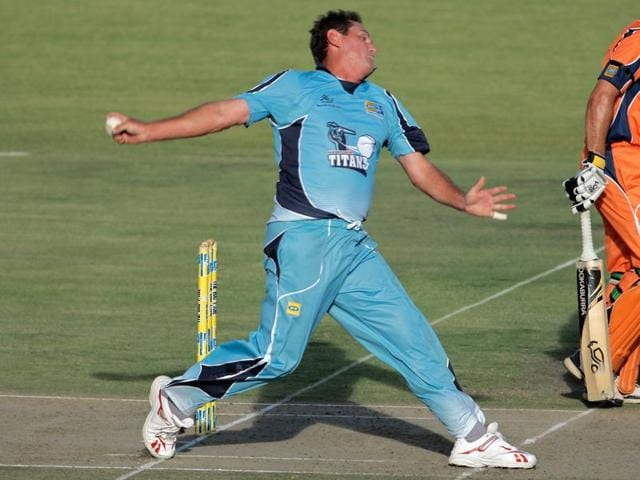 Measuring bowling intensity for individual balls or sessions will provide context for the acute and chronic workload of the individual bowler.