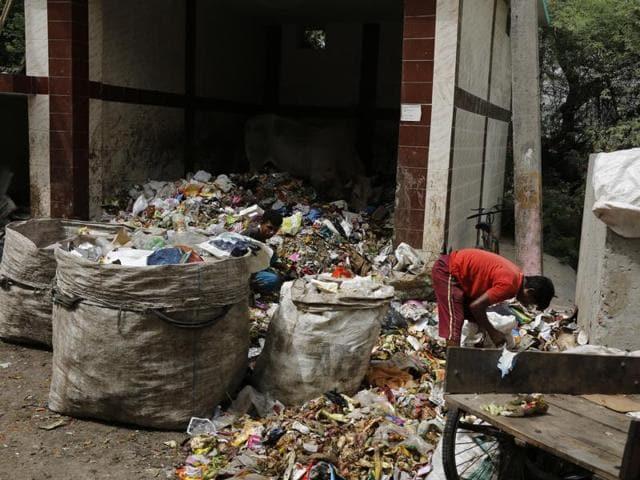 United RWAs Joint Action,Naresh Yadav,Clean Delhi Air