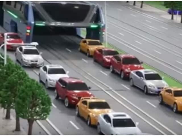 straddle cars