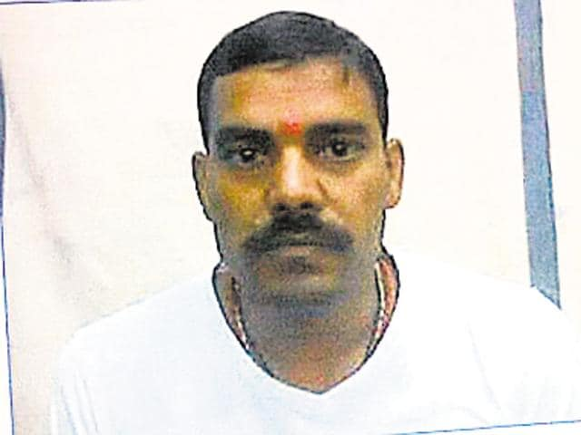 Balinder Singh escaped from custody from the orthopedics ward of the Sanjay Gandhi Memorial Hospital in Rewa.