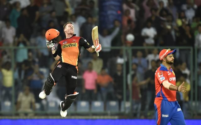 Skipper David Warner single-handedly took Sunrisers Hyderabad to the IPL final beating Gujarat Lions by four wickets in Qualifier 2  at the Kotla on Friday. Photo by Ajay Aggarwal/ Hindustan Times