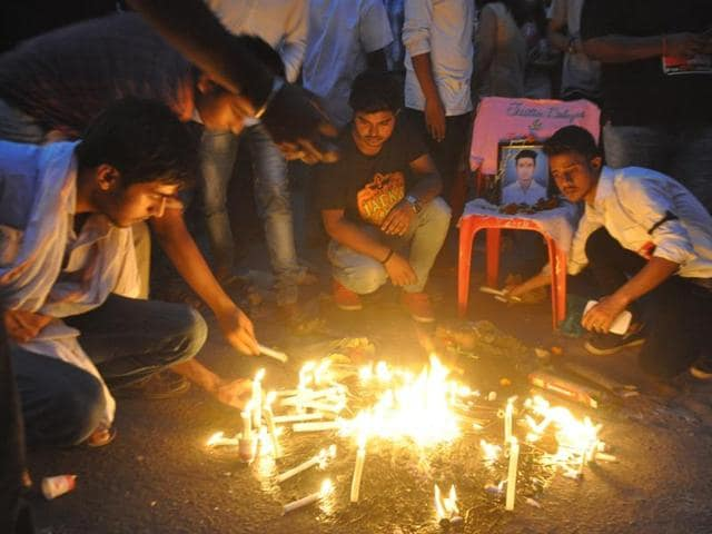 A candle march taken out by students of Nazreth Academy demanding punishment to Aditya Sachdeva's killers in Gaya.