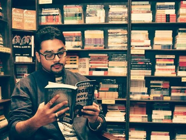 While author Novoneel Chakraborty brings out the last installment of his Stranger Trilogy — Forget Me Not, Stranger, we engage in a quick tête-à-tête with him on books, his characterisations and much more.