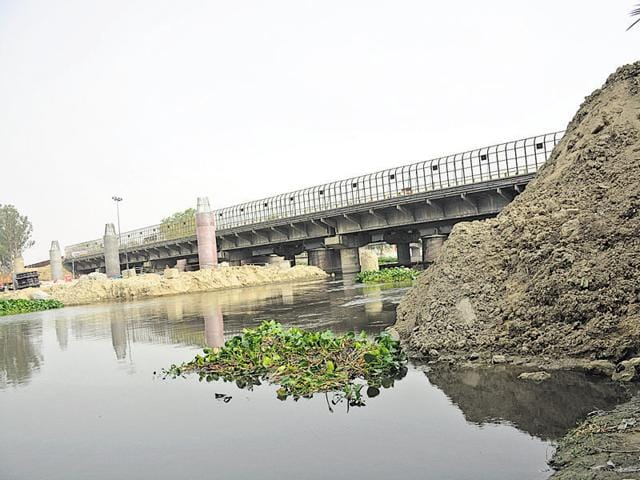 Petition was filed against GDA, UP irrigation department, electricity department and the DMRC for allowing the alleged dumping of soil in the river zone, obstructing its flow.