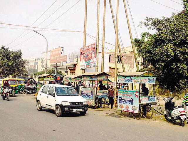 Greater Noida,market,shops