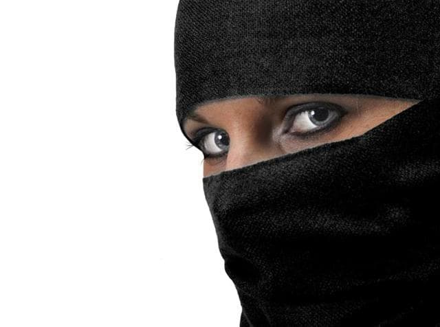 A number of educated Muslim women, mostly in their mid-20s and 30s, are defying personal law.(Representative image)