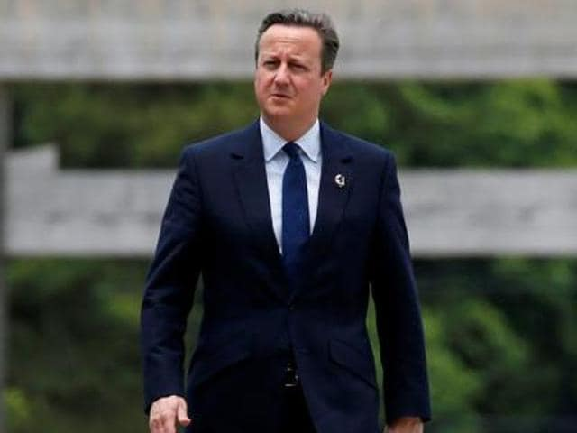 The Cameron government's promise to cut net migration to tens of thousands is plainly not achievable as long as the UK is a member of the EU,  wrote Justice secretary Michael Gove and former London mayor Boris Johnson.