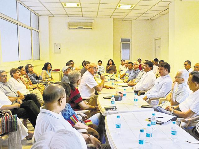 Officials met residents in Regency Park II on Sunday and asked them to adopt localised management techniques.