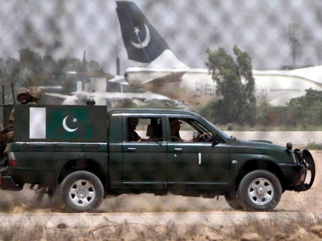 Three al qaeda militants were killed in an encounter in Pakistan's Karachi on Sunday.