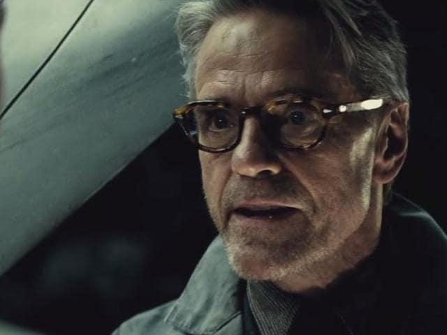 Batman V Superman,Jeremy Irons,Jeremy Irons Alfred