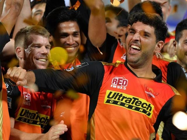 Yuvraj Singh celebrates his IPL triumph with his Sunrisers Hyderabad teammates.