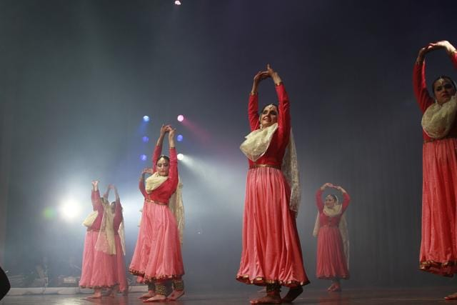 A group of corporate women recently performed Kathak at a dance show Navagraha held at Epicenter, Gurgaon.