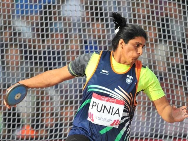 Seema Punia competes in the final of the women's discus throw event at Hampden Park during the 2014 Commonwealth Games in Glasgow, Scotland. (AFP Photo)