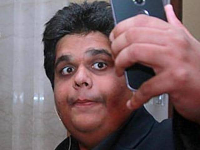 The-glam-do-had-just-the-right-amount-of-laughs-thanks-to-stand-up-comedians-and-AIB-dudes-Tanmay-Bhat-and-Gursimran-Khamba-our-hosts-Waseem-Gashroo-HT