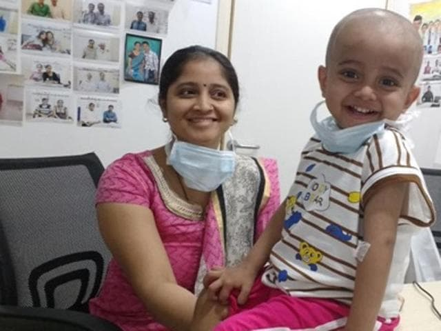 A two-and-a-half-year-old Shriraj Jedhe suffering from a rare life-threatening condition became Mumbai's youngest liver recipient after his mother Gayatri donated a part of her liver.(HT)