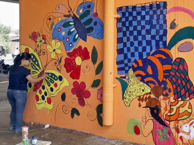 Aiming to make Ludhiana the 'graffiti capital' of India, students, artists and NGOs , with the local municipal corporation's backing, have formed groups to paint pillars, walls and trees in different parts of the city.