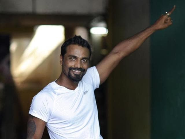 A group of nine girls, called Eli Angels, were really impressive. They performed hip hop and freestyle dance. Remo D'souza was so amazed by their talent that he will shoot a song with them in his next film, which stars Tiger Shroff.