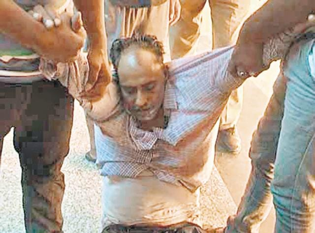 Auto-driver Shivsingh Rajpurohit gulped down pesticide outside the SP's office in Bikaner on Wednesday morning.
