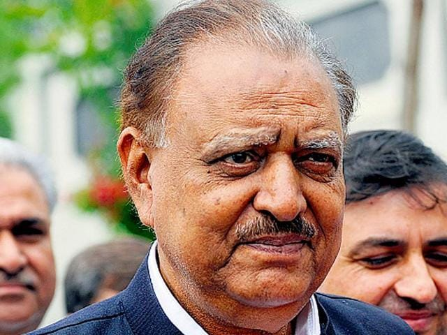 """Pakistan's President Mamnoon Hussain has accused India of """"running away"""" from talks despite an offer of joint-probe in the Pathankot terror attack."""