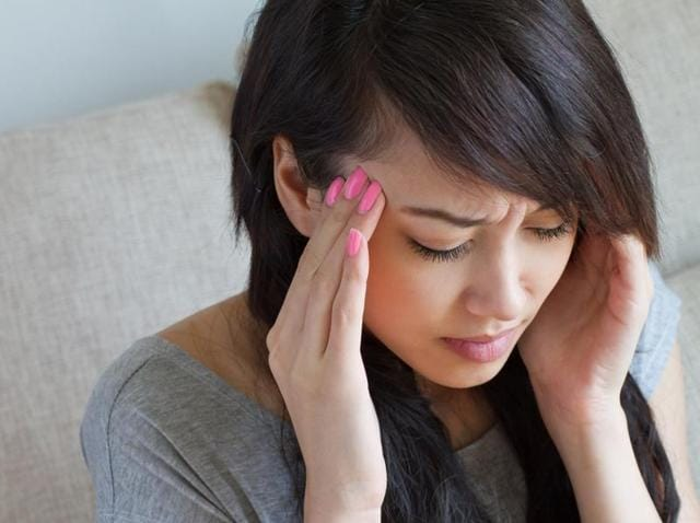 Women with a migraine history have a faster rate of estrogen decline regardless of whether they had migraine during their period or not.