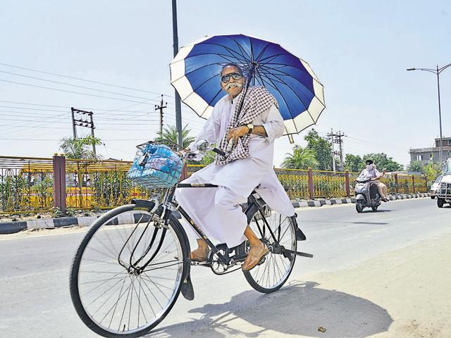 In Punjab, Ludhiana braved a hot day at 42.6 degrees Celsius, up by three notches.