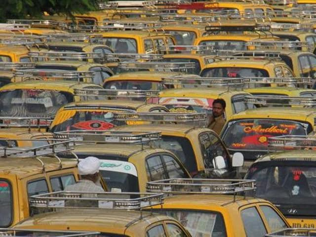 On November 1, 2012, cab fare was increased in Kolkata for the last time. Since then, there have been many demands from the transport operators but the Trinamool Congress government decided to continue with its policy of 'no fare' hike.