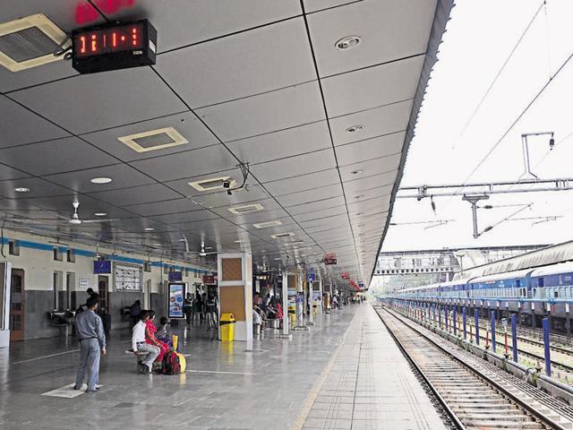 Chandigarh railway station,Wi-Fi,lift