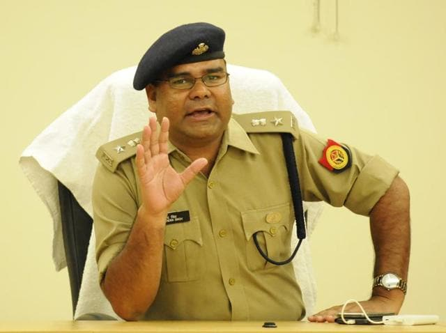2006-batch IPS officer Dharmendra Singh Yadav took charge as the new SSP of Gautam Budh Nagar district on Wednesday.
