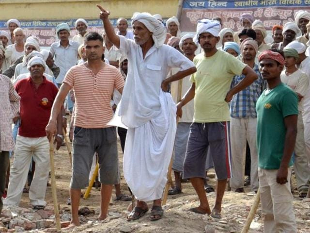 Little was known about the Swadhin Bharat Vidhik Satyagrah until Thursday when police clashed with thousands of its followers, trying to clear out some 3,000 squatters on court orders. The violence left 24 people dead, including the Mathura superintendent of police.