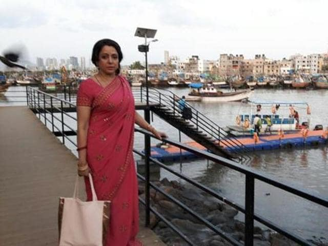 Hema Malini's uploaded shoot pictures on Twitter, which were later deleted by her.