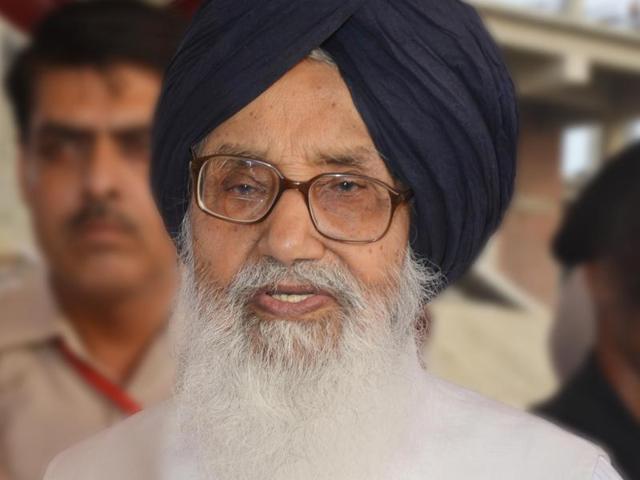 Sikh priest,Parkash Singh Badal,Golden Temple