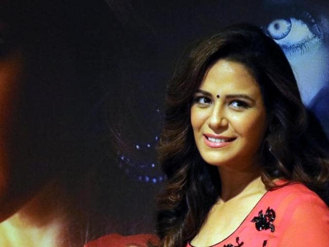 At a time when celebrities share details about their personal life with fans on social media, the Jassi Jaisi Koi Nahin star chooses to stay away from social networking sites to keep her sanity intact.