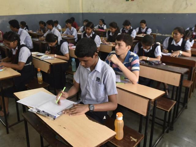SSC students during first day of exam at Thane Centre ghodbunder Road , India, on Tuesday, March 01, 2016. (Photo by Praful Gangurde/ Hindustan Times)
